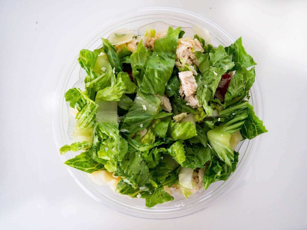 Dark leafy green vegetables are a good diet for expectant mothers